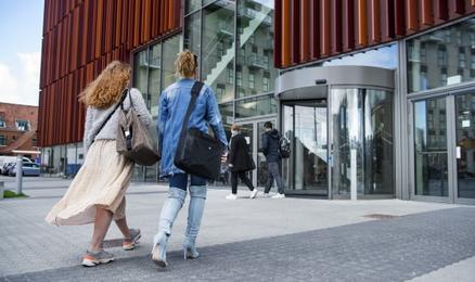 Danija uždaro studijų programas dėstomas anglų kalba